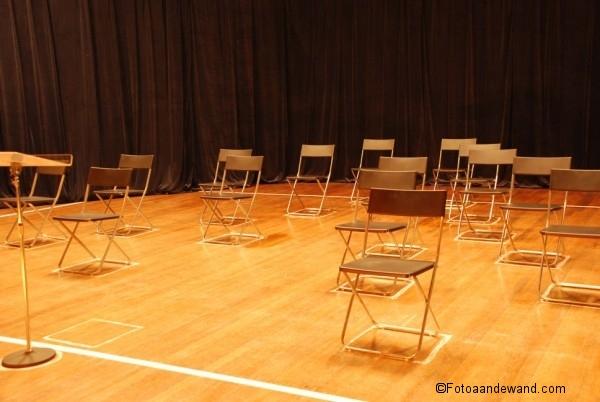 lege_stoelen